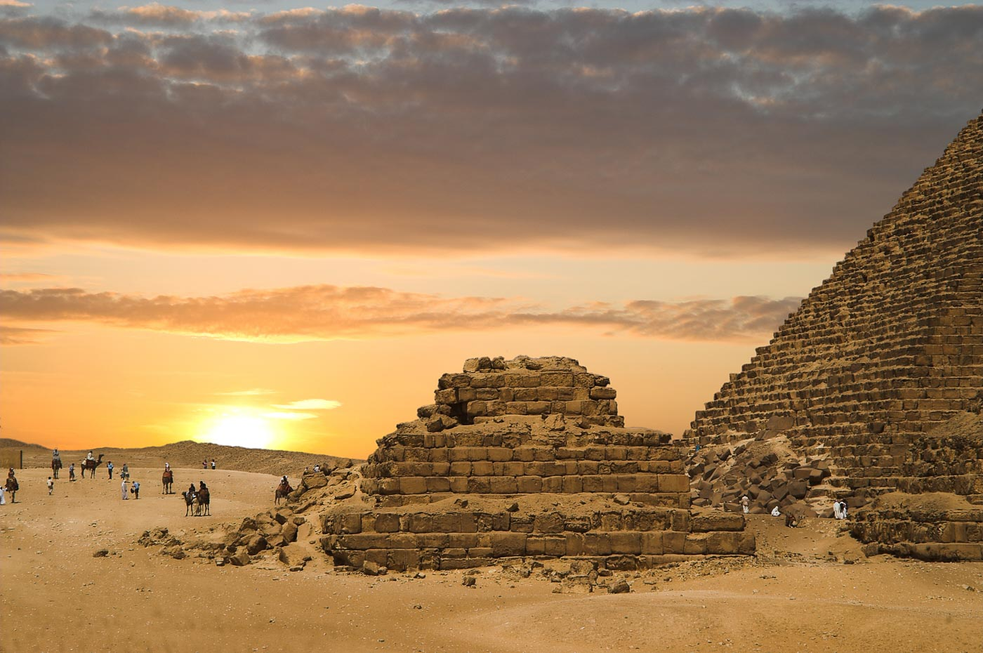 Memorable Staircase Designs - Pyramids of Ancient Egypt